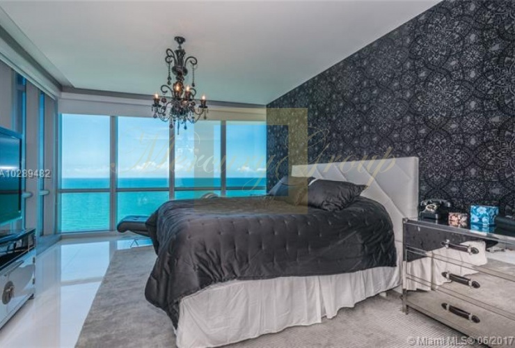 """For sale luxurious apartments with """"smart house"""" function in Sunny Island Beach, Miami, the USA  Photo 6"""
