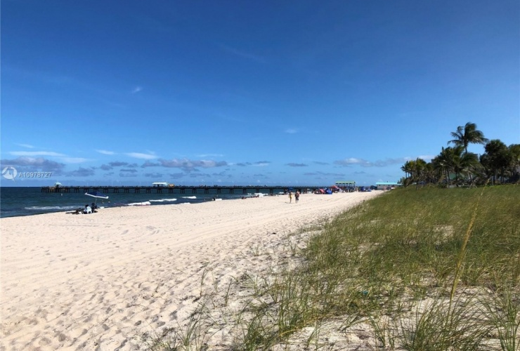 Buy property, for sale . USA, Broward County, Lauderdale By The Sea