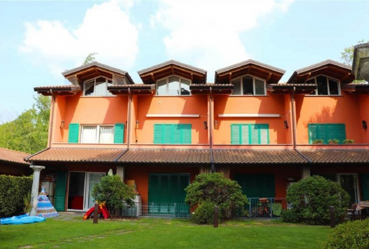 Buy property, for sale . Italy, Lake Maggiore (Lombardy)