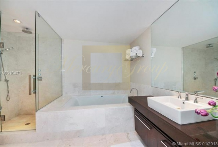 """For sale luxurious apartments with """"smart house"""" function in Sunny Island Beach, Miami, the USA  Photo 9"""