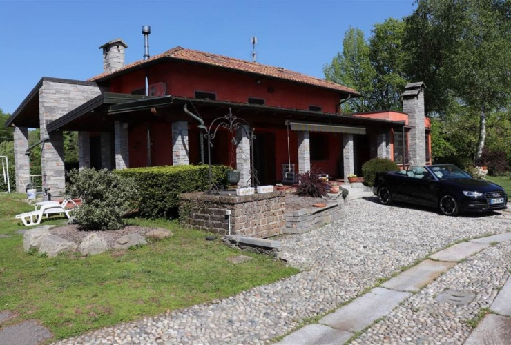 Buy property, for sale . Italy, Lake Maggiore (Lombardy), Brebbia