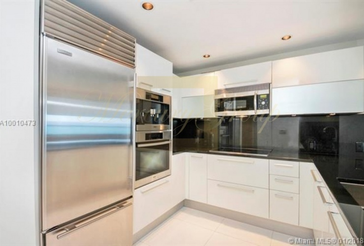"""For sale luxurious apartments with """"smart house"""" function in Sunny Island Beach, Miami, the USA  Photo 4"""