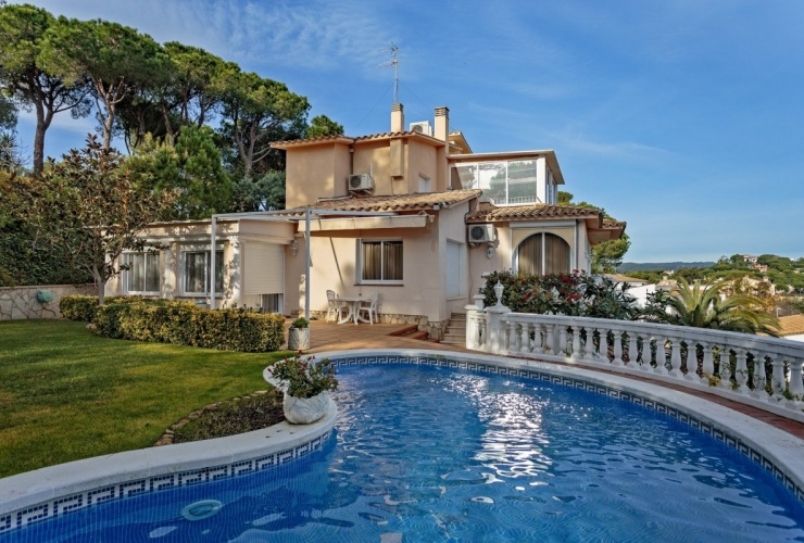 Buy property, for sale . Spain, Costa Brava, Calonge