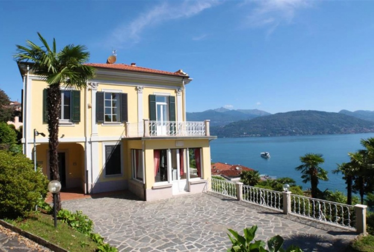 Buy property, for sale . Italy, Lake Maggiore (Piedmont) , Baveno