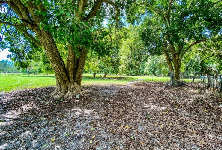 Buy property, for sale . USA, Lee County, Other City - In The State Of Florida