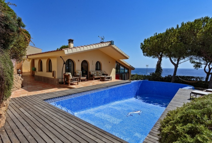 Buy property, for sale . Spain, Costa Brava, Sant Feliu de Guixols