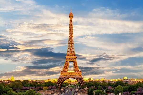 France announced the date of opening of borders for the entry of tourists into the country - Blog about luxury properties abroad